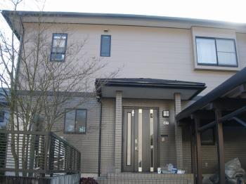 普段、上からみることはない屋根ですが外壁と同じようにキレイになりました。