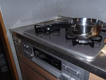 安心・安全のビルトインガスコンロ。省エネ・火加減調節機能や掃除も簡単なのでお料理が楽しくなります。